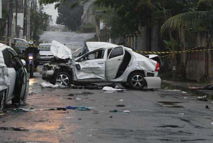 Bandidos em fuga atropelaram e mataram policial, a esposa dele e um outro homem no Jardim Primavera, em Caxias