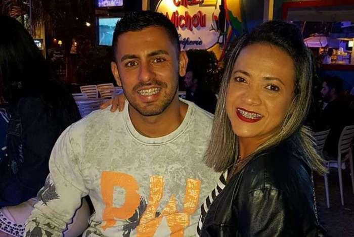 O PM Thiago Abraão e sua esposa Deise Tarquínio, que estava grávida, morreram atropelados por suspeitos em fuga
