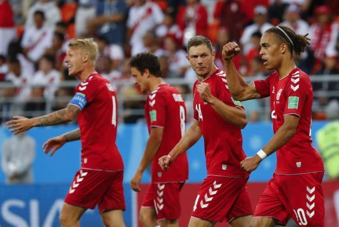 Poulsen fez o gol da vit�ria da Dinamarca