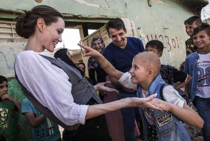 Angelina Jolie visitou o Iraque a convite da Ag�ncia da ONU para os Refugiados (ACNUR)