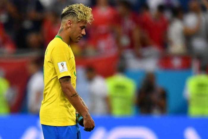 Neymar ousou no novo penteado