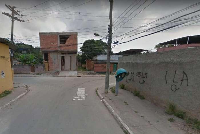 Victor e Vitor foram abordados na esquina da Rua Niter�i com a Saquarema, em S�o Jo�o de Meriti.