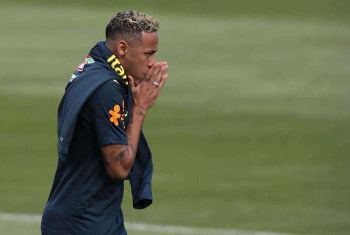Neymar durante o treino da Sele��o Brasileira em Sochi, na Russia. Pedro Martins / MoWA Press