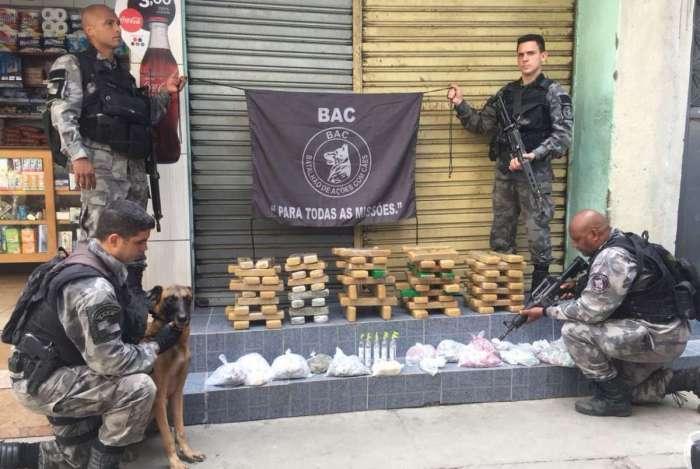 Drogas apreendidas pelo BAC na Barreira do Vasco