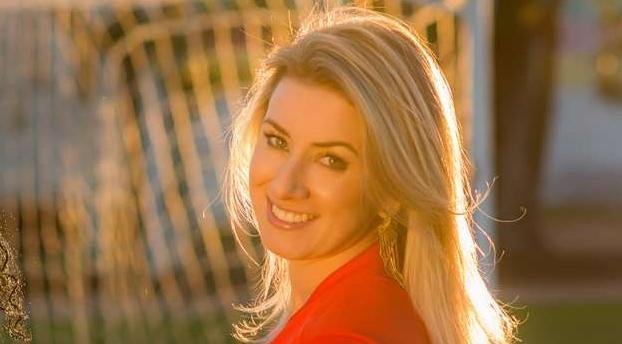 Estudante de Direito Camila Oliveira é a Musa da Bélgica