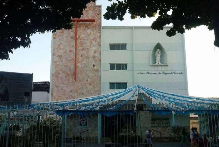 A igreja fica na Rua Barão 807