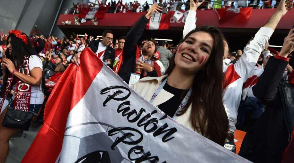 Fean�a e Peru se enfrentam em Ecaterimburgo