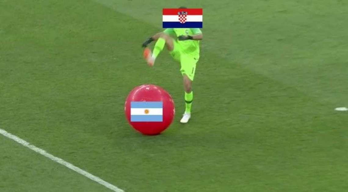 Internautas n�o perdoam a derrota da Argentina e lotam a Web de memes