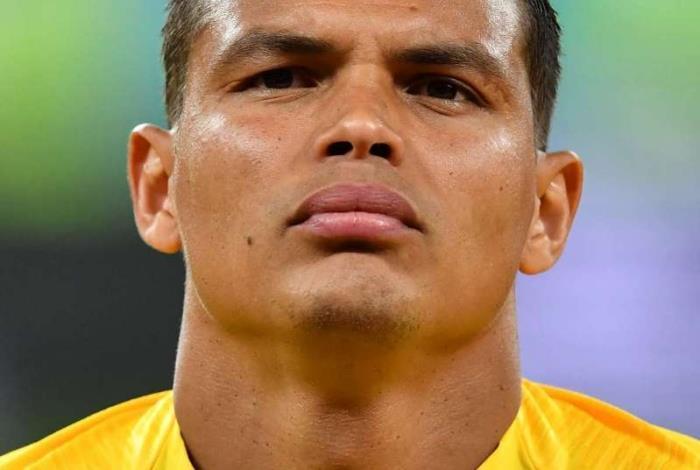 Thiago Silva volta a vestir a bra�adeira de capit�o do Brasil contra a Costa Rica