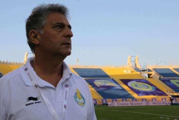 Marcos Paquet� pode assumir o Botafogo
