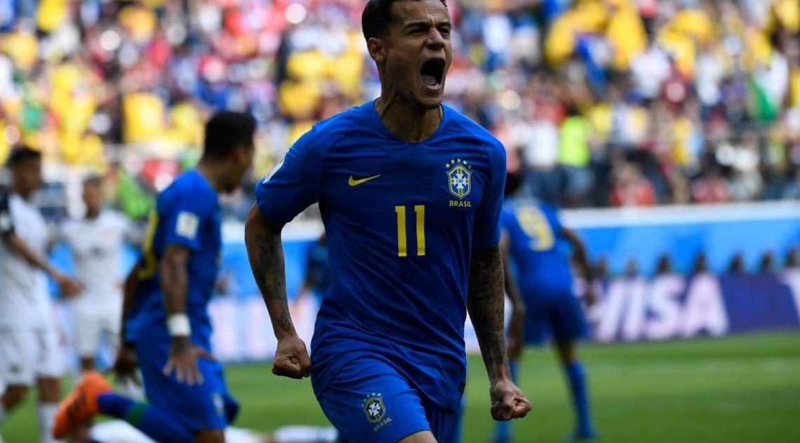 Philippe Coutinho comemora gol sobre a Costa Rica