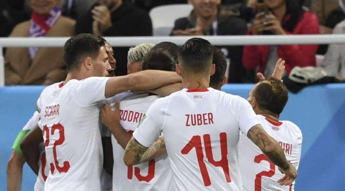 Suíça derrotou a Sérvia de virada