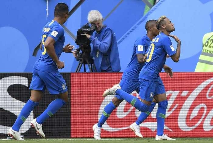 Comemoração de Neymar lembrou a de Rafael Silva