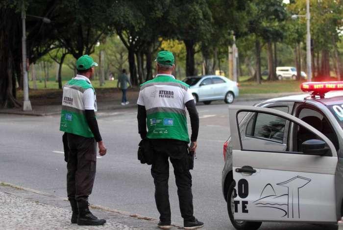 Agentes da Operação Aterro Presente em ação: projeto será levado para outros bairros