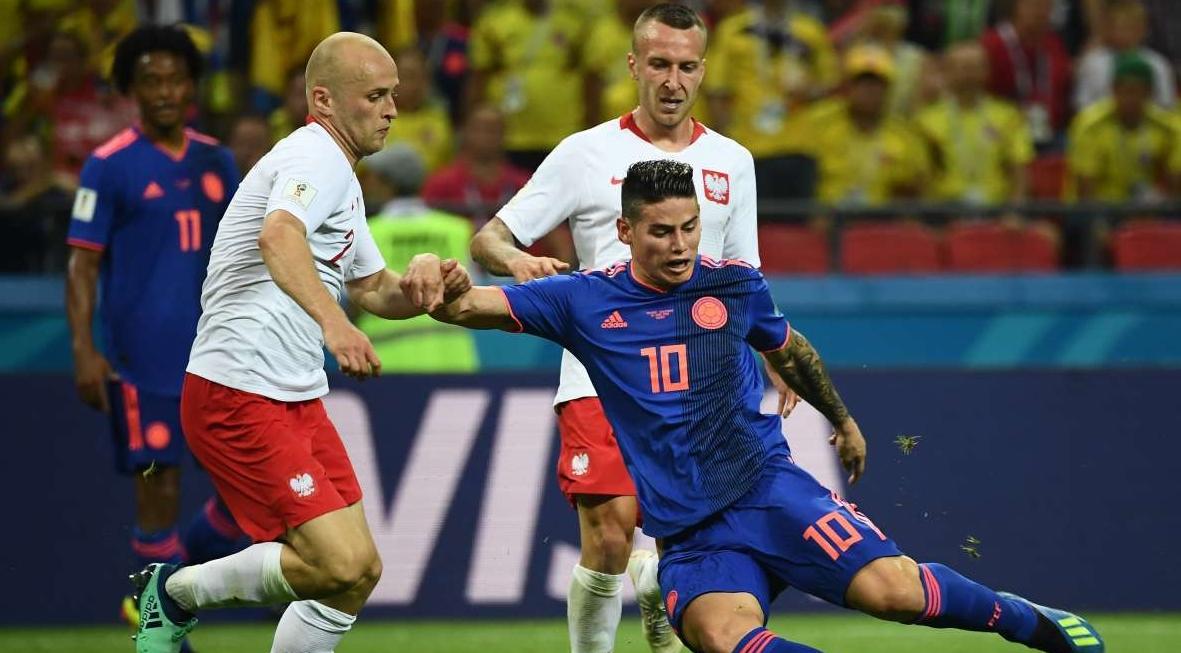 Colômbia derrota a Polônia e segue viva no Mundial