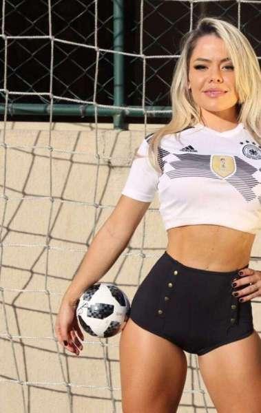Musa da Alemanha vibra com vitória dramática na Copa