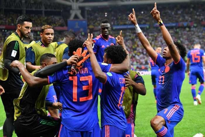 Col�mbia derrota a Pol�nia e segue viva no Mundial