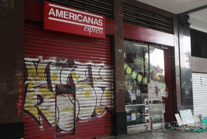 Lojas Americanas da Rua da Glória é assaltada
