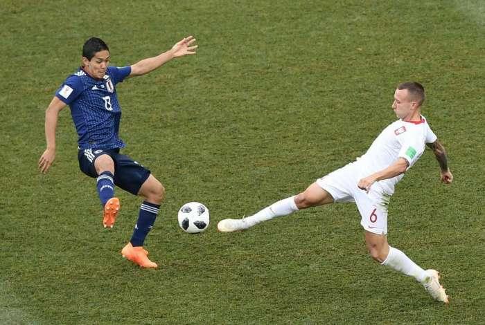 Resultado de imagem para Japão perde para a Polônia, mas vai às oitavas com ajuda da Colômbia e desempate nos cartões