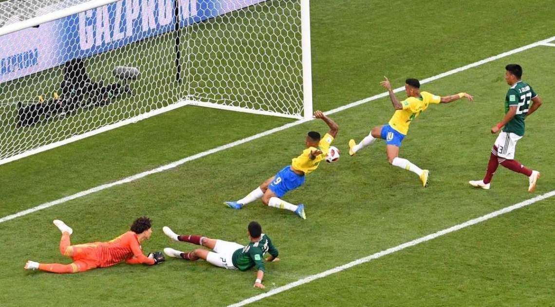 Neymar faz 1 a 0 para Seleção