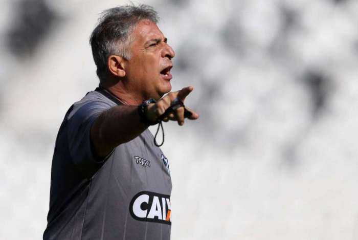Marcos Paquetá estreia no Botafogo sem Yago, Moisés e Jean