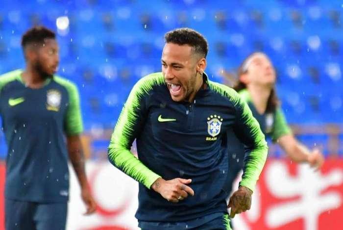 PSG aumentará salário de Neymar para evitar que jogador vá para Real Madrid