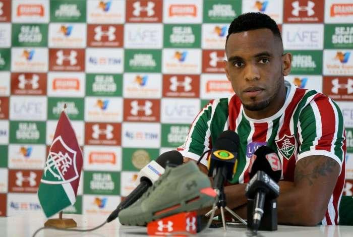 Digão é apresentado no Fluminense