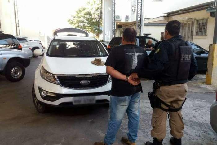 Suspeito de receptação que teria trocado vacas por carro roubado é preso pela PRF