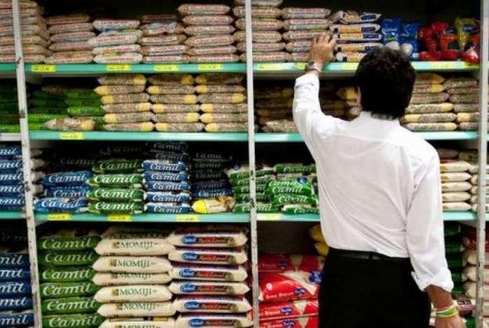 O grupo alimentação e bebidas teve forte aceleração de preços de maio para junho, ao passar de 0,32% para 2,03%