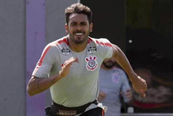 Júnior Dutra pode acertar com o Fluminense