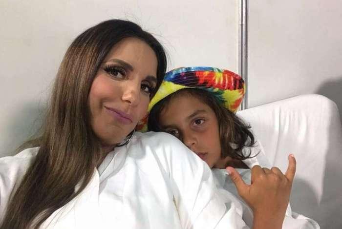 Ivete Sangalo e o filho Marcelo