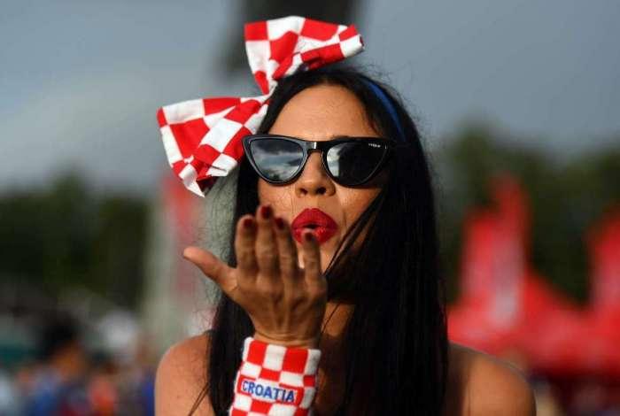Fifa exige que emissoras de televisão reduzam as filmagens de torcedoras 'atraentes' a fim de evitar o aumento de casos de assédio