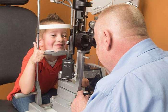No país, cerca de 15 milhões de crianças têm algum problema ocular