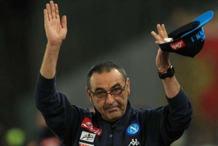 Sarri terá a missão de repetir no Chelsea sucesso que teve sob o comando do Napoli