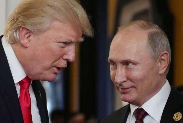 "Rússia está ""aberta"" a visita de Putin a Washington, após convite de Trump"