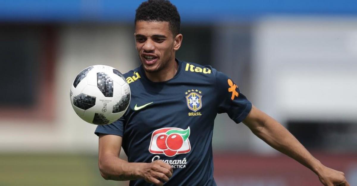 Flamengo procurou Taison, mas atacante quis dar preferência ao Internacional
