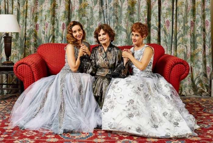 Rosamaria Murtinho (ao centro) com Kiara Sasso e Soraya Ravenlee estão no elenco