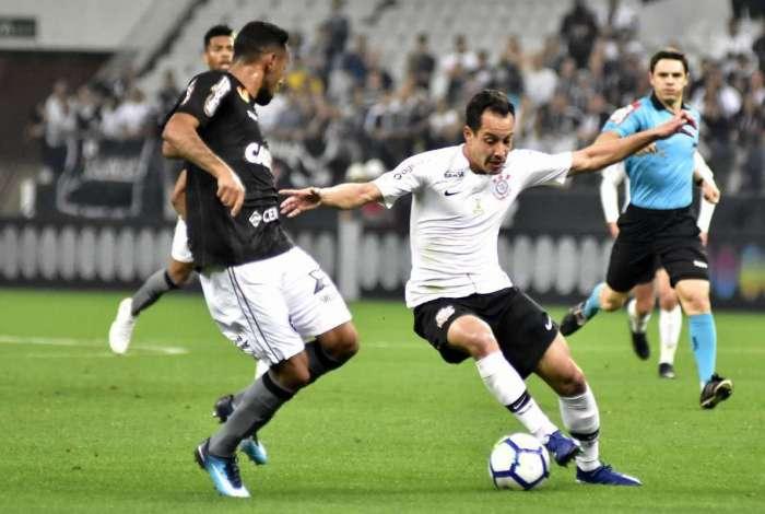 Botafogo foi derrotado pelo Corinthians