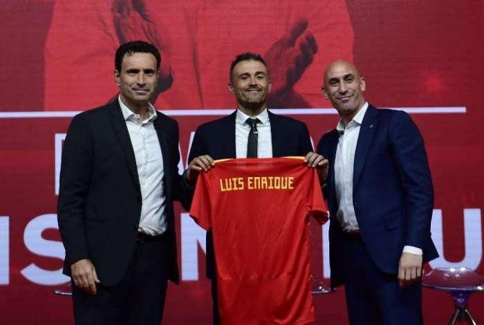 Luis Enrique foi apresentado pela Espanha