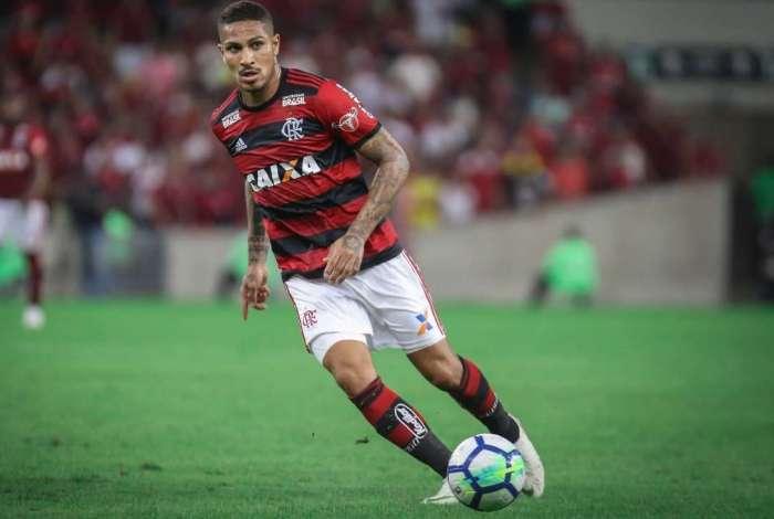 Paolo Guerrero não joga contra o Cruzeiro