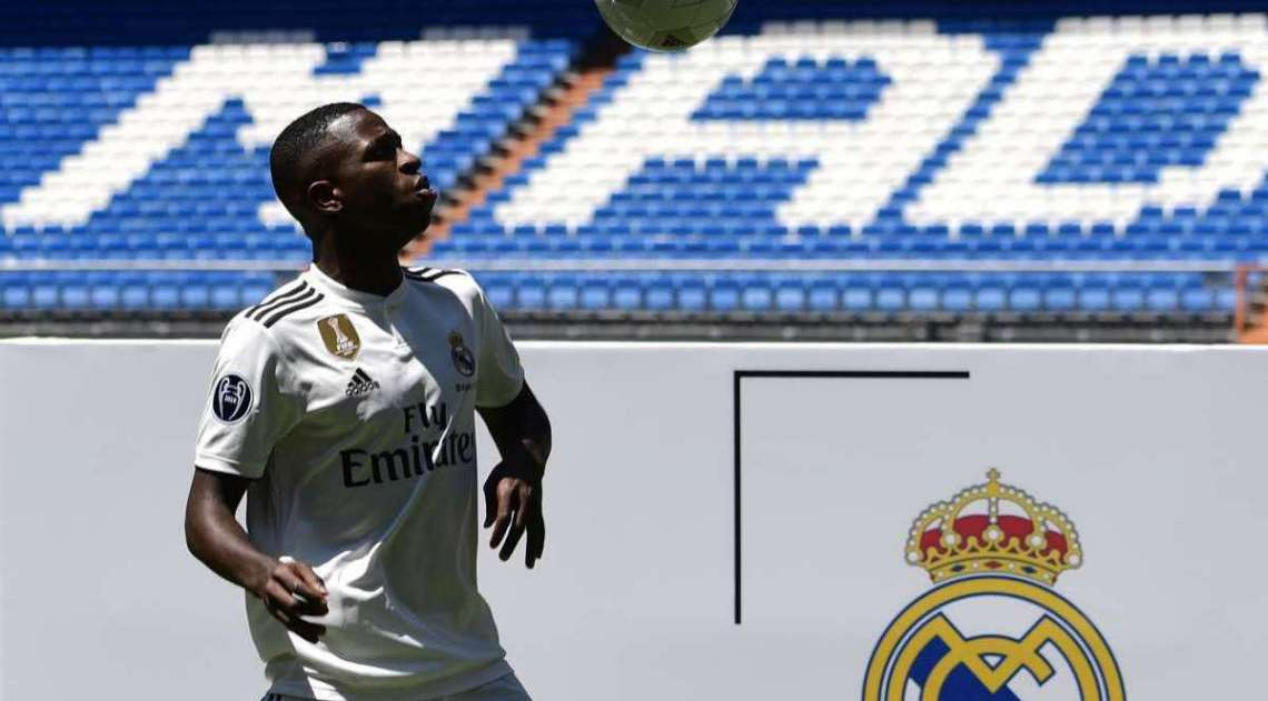 Vinicius Junior é registrado na equipe de juniores pelo Real Madrid