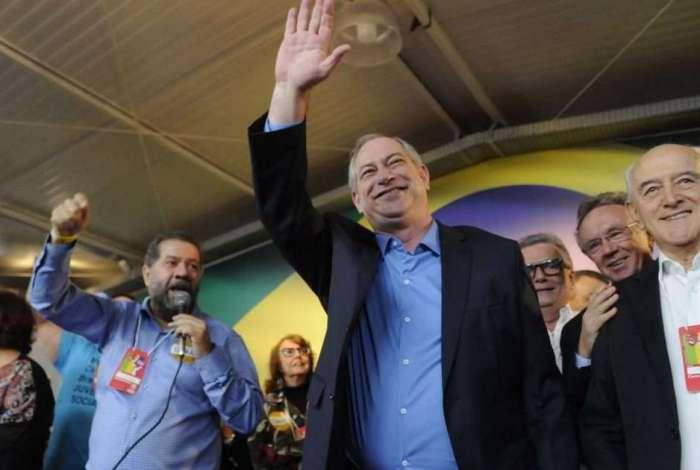 Haddad citou a possibilidade de que a candidatura de Bolsonaro seja impugnada e o terceiro colocado, Ciro Gomes, seja chamado para disputar a segunda etapa da disputa