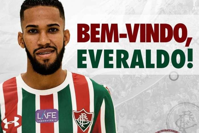 Fluminense oficializou atacante Everaldo