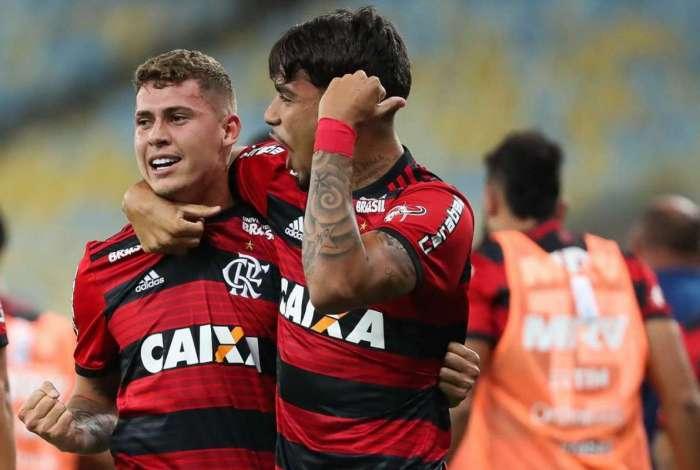Flamengo venceu o Botafogo em clássico pela 14ª do Brasileirão 2018