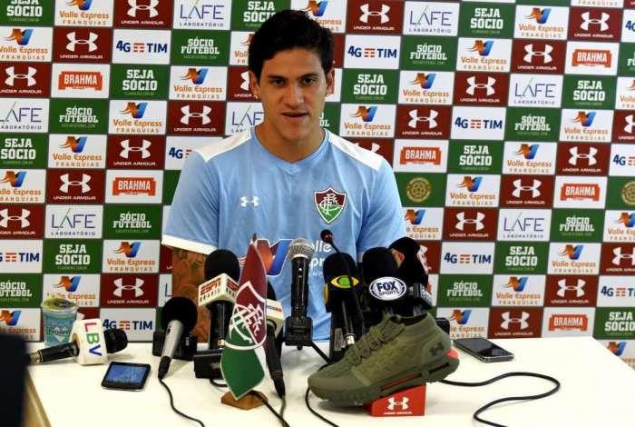 O atacante Pedro, feliz com a boa fase, diz que aprendeu muito observando Fred e Dourado no Fluminense