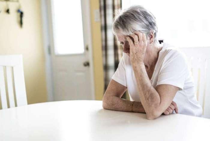 Alzheimer ainda não tem cura e também não pode ser evitado