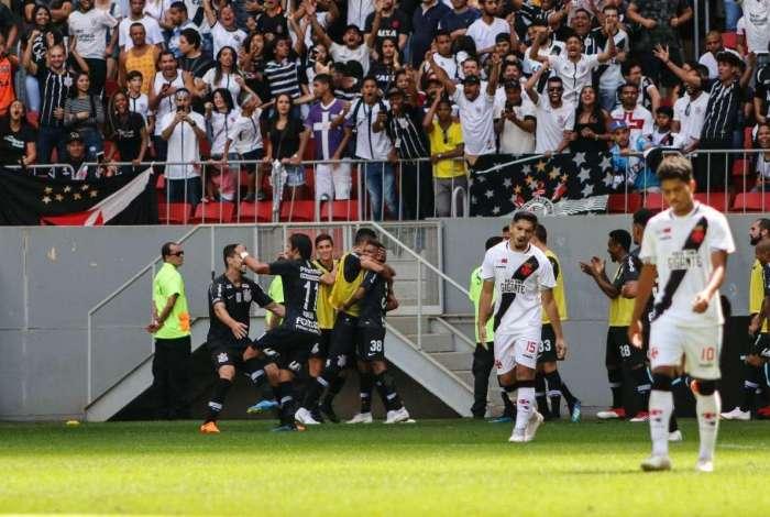 Vasco perdeu de 4 a 1 para o Corinthians e marcou seu primeiro gol na temporada em partidas em que sofreu 3 ou mais gols