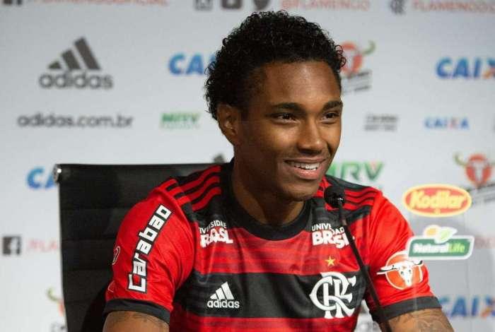Apresentação de Vitinho no Flamengo