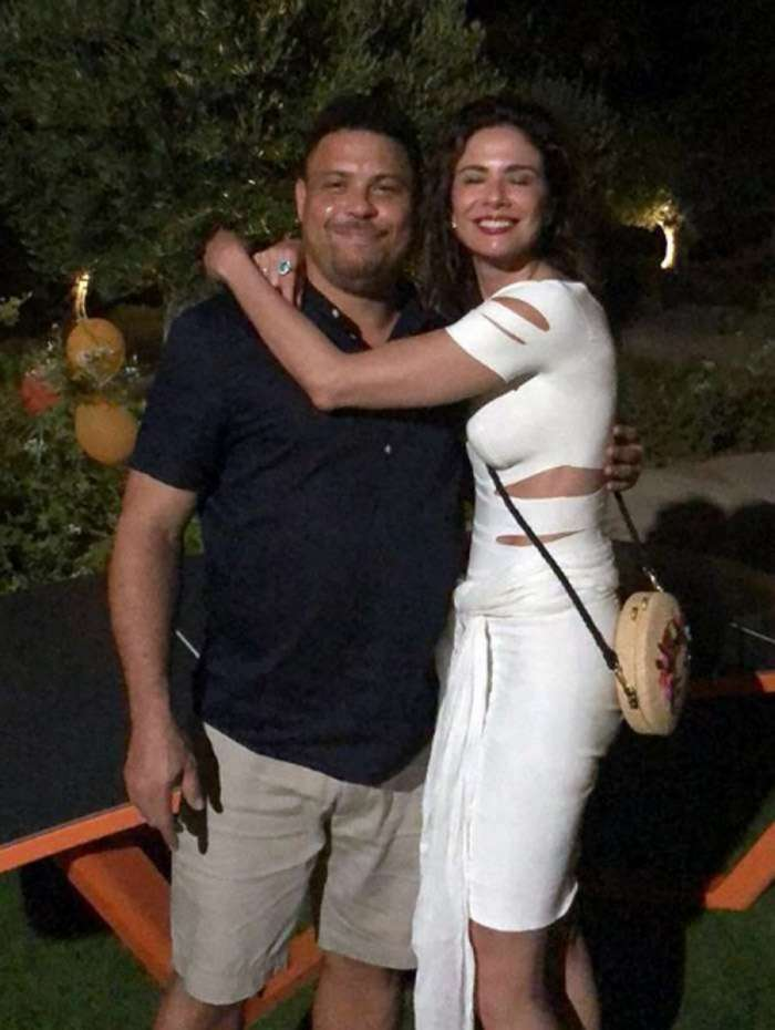 Ronaldo e Luciana Gimenez se encontram em Ibiza
