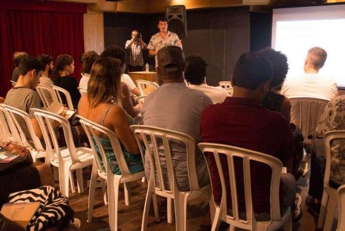 Feira Criativa - o 2º Encontro de Negócios, Cultura e Entretenimento acontece neste fim de semana, no Estúdio Floresta. Para participar, o público pode ir direto ao local, no dia do evento